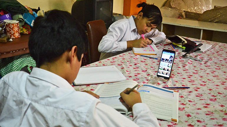 Classes in schools start on Monday and will be virtual in Cochabamba