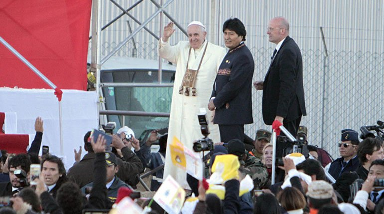 In 2020 Pope Francis asked Áñez to give safe conduct to the former MAS authorities