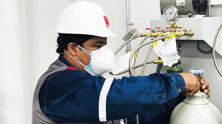 The Potosí government inaugurates an oxygen generation plant in the Bracamonte hospital