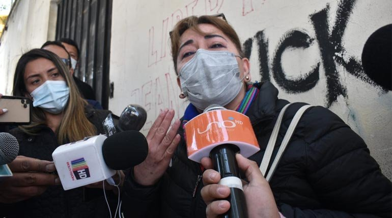 Áñez's lawyer announced that the ex-president was stable and asked her to defend herself freely