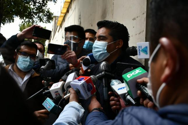 The prison regime says that Áñez's medical studies will be conducted in prison
