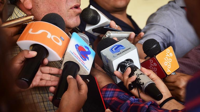 Press unions oppose attacks by Arce, Evo and ministers