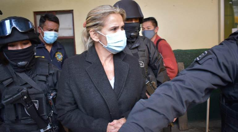 The defense of Áñez indicates that in six months the State Ministry