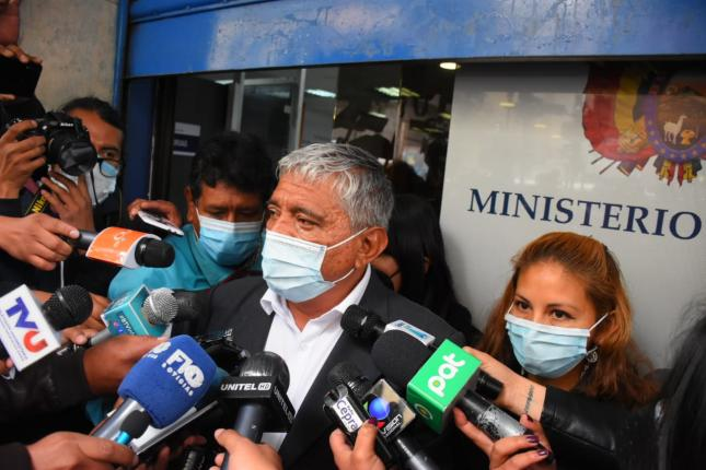 Arias says that Camacho is received with respect in La Paz and regrets that