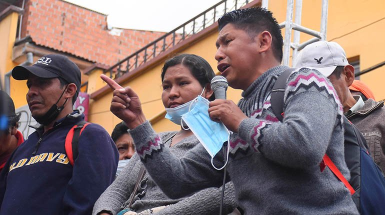 Coca growers elect electoral committee and urge the government not to open a market