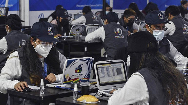 TSE: counting minutes has no effect;  CC asks Chavez for a report